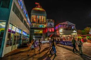 best-top-newest-montreal-nightclubs-rooftop-bar-2019-skip-the-lines-line-bypass-terrasses-Bonsecours